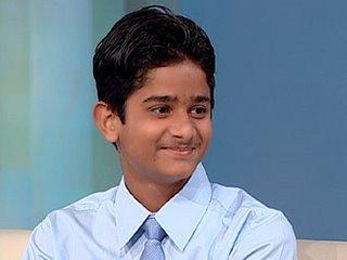 Resultado de imagem para jovem cirurgiao indiano akrit